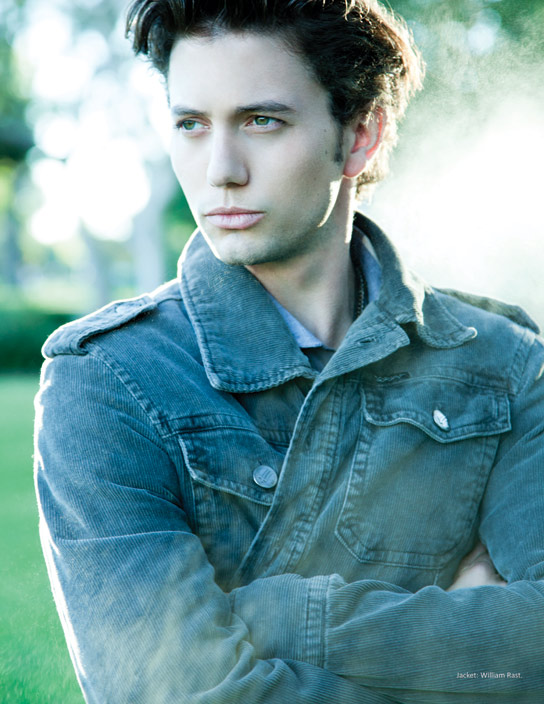 Jackson Rathbone Teases E! With Breaking Dawn Details | Twilight ... Peterfacinelli