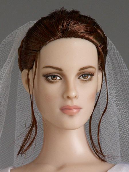 Tonner Dolls Creates Breaking Dawn Wedding Bella