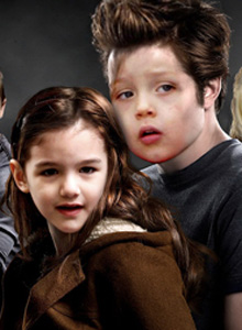 Twilight-Kids-suri and knox